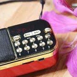 Máy nghe nhạc kiêm đài FM 100 giá sỉ