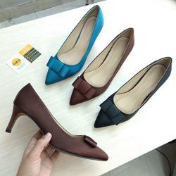 Giày cao gót nơ satin realshoes giá sỉ