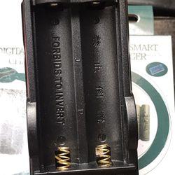 Sạc Đôi Rẻ 2 Cell Dùng Cho Pin 18650 giá sỉ