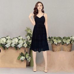 Đầm ren đen dự tiệc 2 tầng chân ren giá sỉ