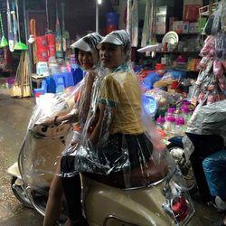 Áo mưa trong 2 đầu giá sỉ