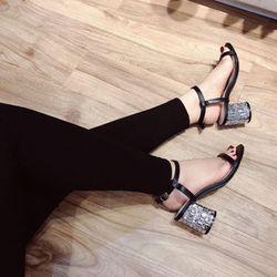 giày sandal đế đá giá sỉ