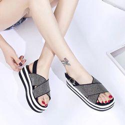 giày sandal de banh mi giá sỉ, giá bán buôn