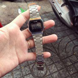 Đồng hồ điện tử giá sỉ