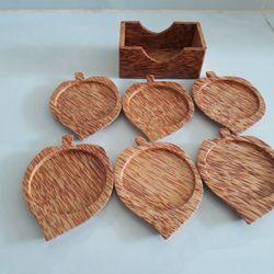 Bộ đế lót ly hình chiếc lá bằng gỗ dừa mỹ nghệ giá sỉ, giá bán buôn