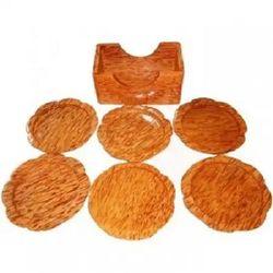 Bộ đế lót ly hình hoa mai bằng gỗ dừa mỹ nghệ giá sỉ