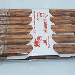 Bộ đũa vuông hoa văn bằng gỗ dừa Bến Tre giá sỉ