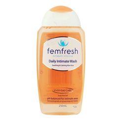 Mô tả sản phẩm Dung dịch vệ sinh phụ nữ Femfresh Ultimate Care Active Fresh Wash 250ml giá sỉ