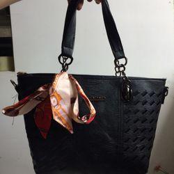 Túi đeo vai nữ giá sỉ