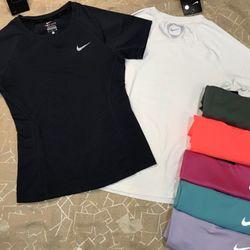 Quần áo thể thao nữ chuẩn - giá rẻ nhất thị trường giá sỉ