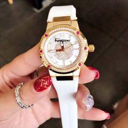 Đồng hồ nữ dây da siêu cấp cực đẹp giá sỉ