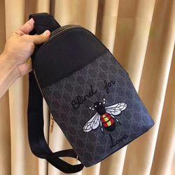 Túi đeo chéo nam 047 giá bán sỉ giá bán buôn