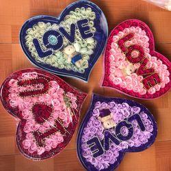 hộp hoa sáp hình trái tim