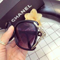 kính nữ thời trang đính đá giá sỉ