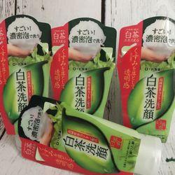 Sữa Rửa Mặt Trà Xanh Rohto Nhật