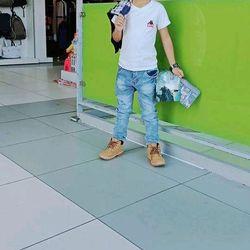 quần jean cho bé nhé