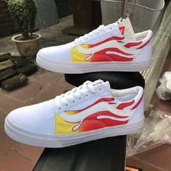 Giày thể thao Vanslửa trắng mới về hàng giá sỉ