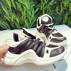 giày sneaker xuất Hàn Quốc giá sỉ