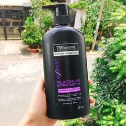Dầu gội giúp giảm xơ rối và cho mái tóc dễ vào nếp óng mượt rạng ngời giá sỉ