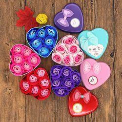 Quà tặng hộp thiếc hình tim 6 bông sáp phối màu giá sỉ