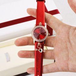 Đồng hồ nữ siêu cấp cực xinh giá sỉ
