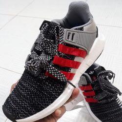 Giày Sneaker nam thể thao màu xám muối tiêu 3 sọc xéo đỏ rất thời trang - Mã GSK0003 giá sỉ