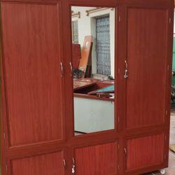 Tủ nhôm kính cửa nhôm kính giá sỉ
