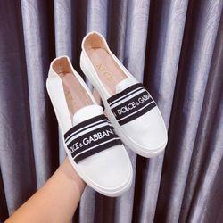 giày mỏi giá mềm giá sỉ