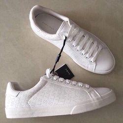 giầy trắng zra đẹp quá sll it giá sỉ