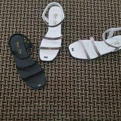 Sandal đơn giản giá sỉ