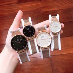 Đồng hồ dây kim loại giá sỉ