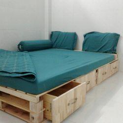 Giường gỗ Pallet có hộc kéo