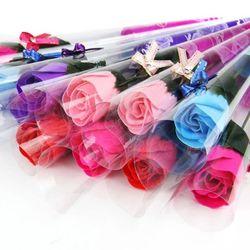 Hoa hồng sáp thơm nguyên cây giá sỉ 6000đ/ z a l o 0 9 8 72 1 79 5 2 w e b shopsaigongiare com giá sỉ