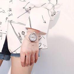Đồng hồ dạng lắc tay nữ 2 màu giá sỉ, giá bán buôn