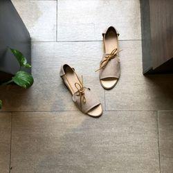 Giày xăng đan nữ cao 3p cột dây giá sỉ