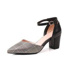 Giaỳ sandal cao gót bít mũi ̣c caro 943ST05 giá sỉ