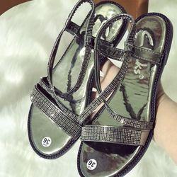 giày sandal đá cute giá sỉ