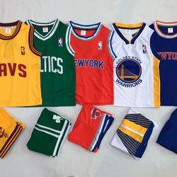 Quần áo trẻ em thể thao giá sỉ