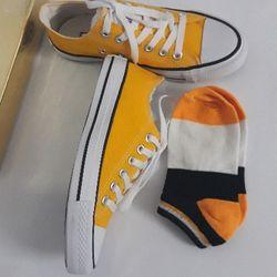 Giày sneaker vàng nữ giá sỉ