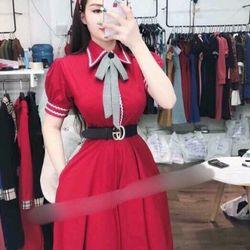 Đầm xoè cổ viền tay phồng giá sỉ