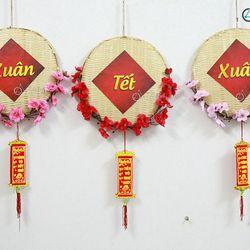 Vòng treo cửa Tết mẹt tre hoa đào số 10 ĐK 30cm