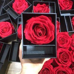 Buôn sỉ số lượng lớn hộp quà tặng hộp hoa và mỹ phẩm giá sỉ