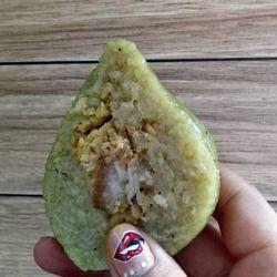 Bánh tét đậu nhân thịt giá sỉ, giá bán buôn