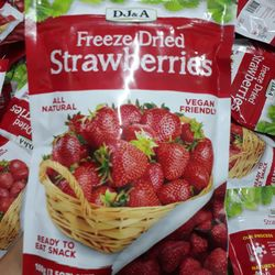 DJA Fruity Crips Crispy Whole Strawberries 50g - QUẢ DÂU TÂY KHÔ GIÒN ĐÔNG LẠNH giá sỉ