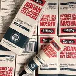 Kem chống lão hoá mắt Swisse giá sỉ