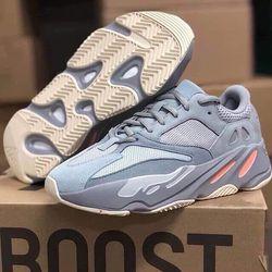 Giày thể thao quảng châu YZ 700 hàng đẹp giá sỉ