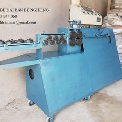 Máy bẻ đai sắt tự động dạng máy đứng bàn bẻ nghiêng 30 độ giá sỉ