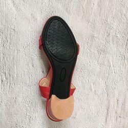 Giày sandal quai bản đính khóa 5p7p