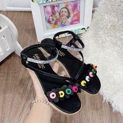 Giày sandal hoa nhiều màu giá sỉ