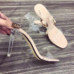 Giày sandal got thuy tinh giá sỉ